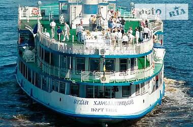 Obuda Hajogyar 737 2004 в Киеве