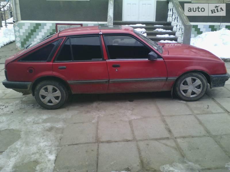 Opel Ascona 1988 года