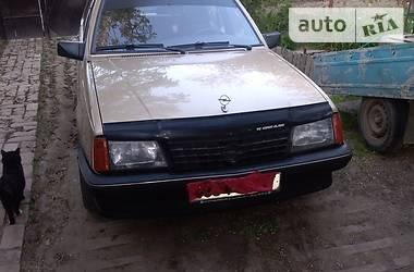 Opel Ascona 1986 в Николаеве