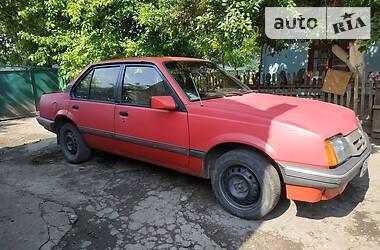 Седан Opel Ascona 1986 в Староконстантинове