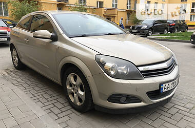 Хэтчбек Opel Astra GTC 2005 в Киеве