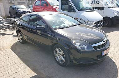 Купе Opel Astra GTC 2008 в Мирнограді