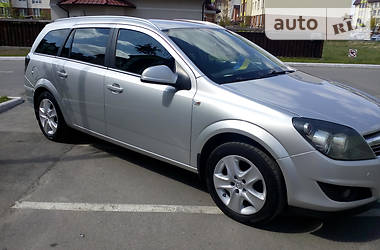 Opel Astra H 2011