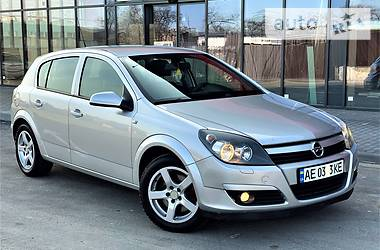Opel Astra H 2006 в Днепре