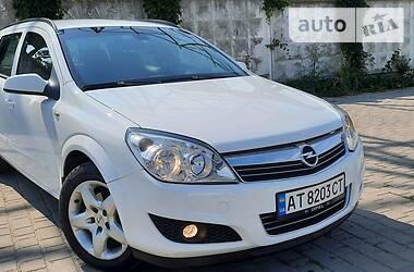 Opel Astra H 2008 в Надворной