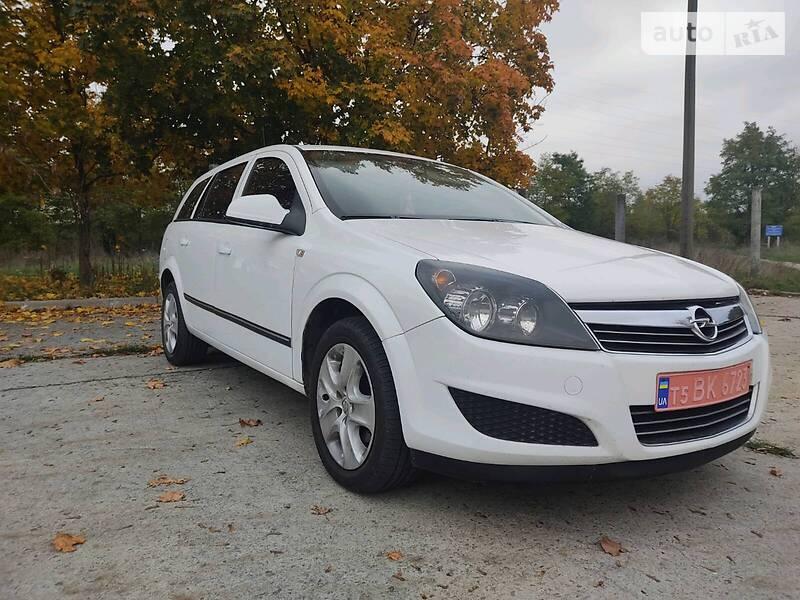 Opel Astra H 2012 в Нетешине