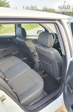 Универсал Opel Astra H 2006 в Бродах