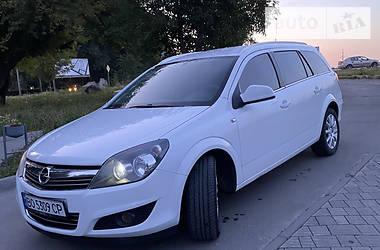 Седан Opel Astra H 2011 в Тернополе