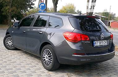 Opel Astra J 2014 в Ивано-Франковске