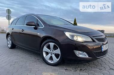 Opel Astra J 2012 в Черновцах