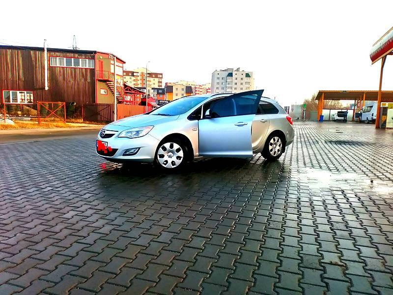 Opel Astra J 2012 в Хмельницком