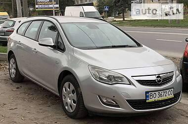 Opel Astra J 2011 в Тернополе