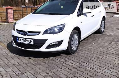 Opel Astra J 2013 в Владимирце