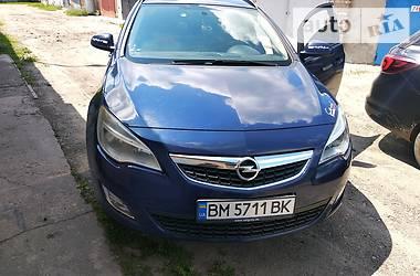 Универсал Opel Astra J 2011 в Сумах