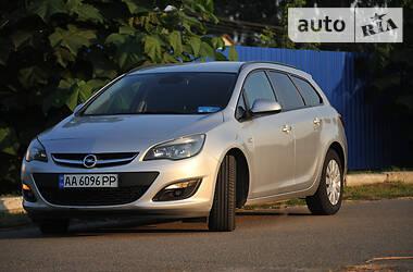 Универсал Opel Astra J 2014 в Киеве