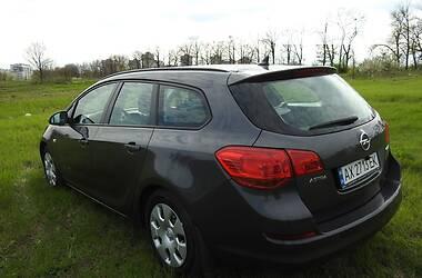 Унiверсал Opel Astra J 2012 в Харкові
