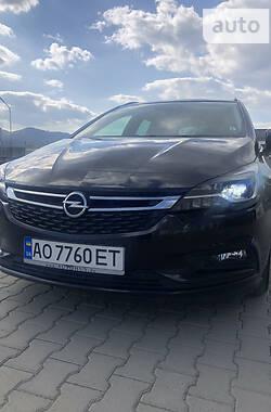 Opel Astra K 2017 в Хусті