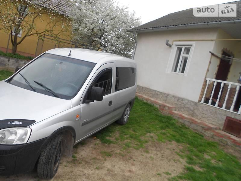 Opel Combo пасс. 2002 в Гусятине