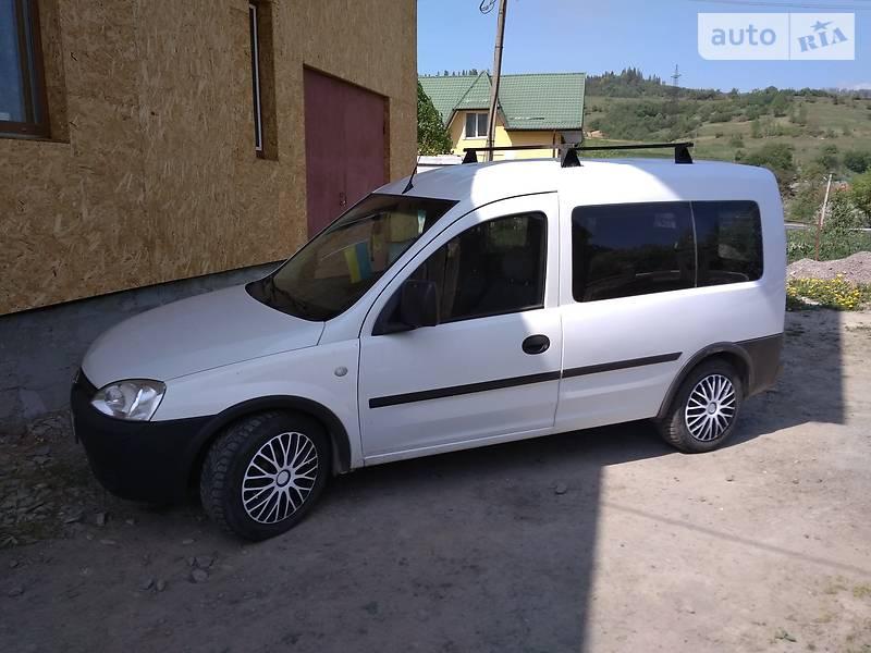 Opel Combo пасс. 2005 в Сколе