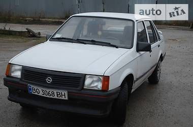 Opel Corsa 1989 в Тернополе