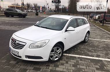 Opel Insignia Sports Tourer 2009 в Хмельницком