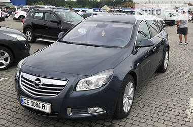 Opel Insignia Sports Tourer 2011 в Черновцах