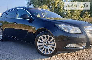 Opel Insignia Sports Tourer 2009 в Львове