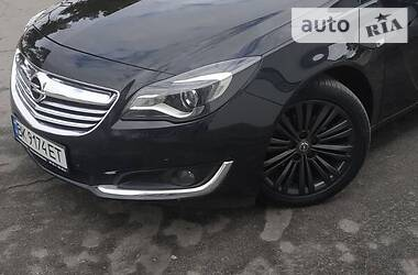Opel Insignia Sports Tourer 2014 в Вараше