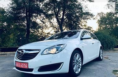 Универсал Opel Insignia Sports Tourer 2015 в Кривом Роге