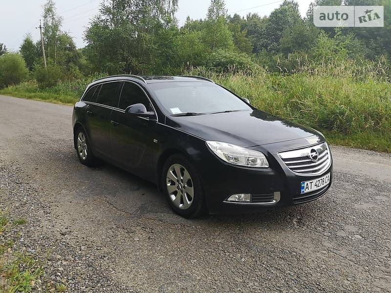 Унiверсал Opel Insignia 2013 в Калуші