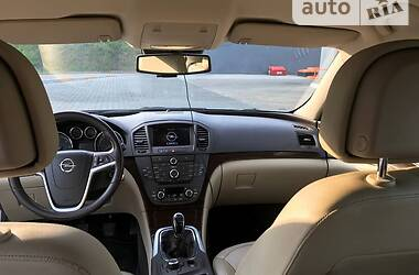 Хэтчбек Opel Insignia 2010 в Каменском