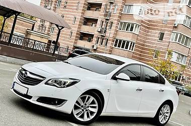 Седан Opel Insignia 2016 в Киеве