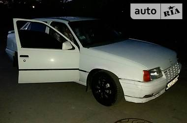 Opel Kadett 1988 в Могилев-Подольске