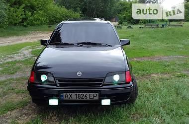 Opel Kadett 1990 в Харькове