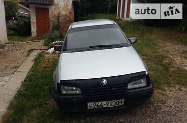 Opel Kadett 1987 в Черновцах