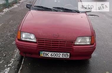 Opel Kadett 1986 в Ровно
