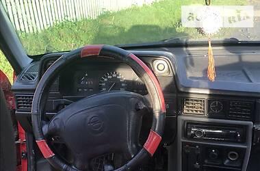 Opel Kadett 1987 в Турке