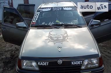 Opel Kadett 1986 в Монастырище