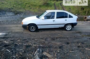Хэтчбек Opel Kadett 1987 в Долине