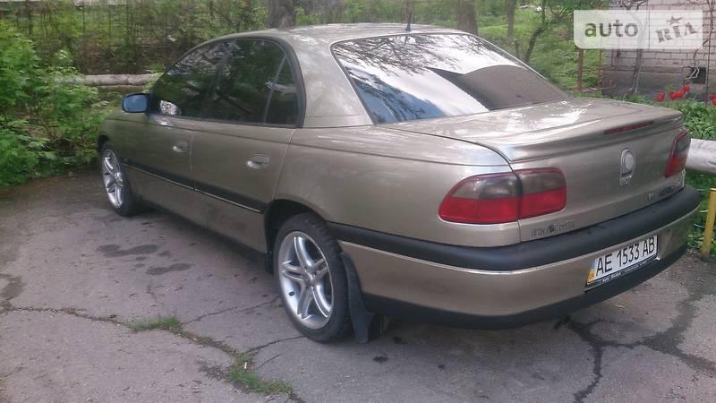 Opel Omega 1997 в Павлограде