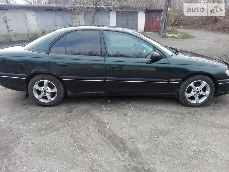 Opel Omega 1997 в Каменском