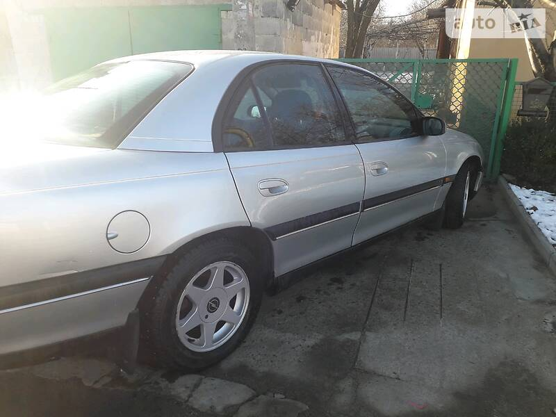 Opel Omega 1998 в Кривом Роге