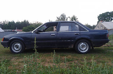 Opel Rekord 1983 в Славутиче