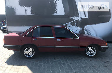 Opel Rekord 1986 в Хмельницком