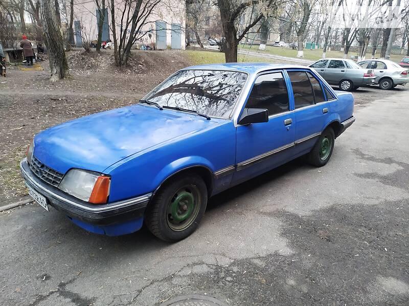 Opel Rekord 1986 в Киеве