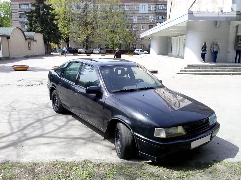 Opel Vectra A 1990 в Днепре
