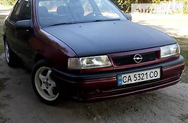 Opel Vectra A 1993 в Каневе