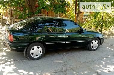 Opel Vectra A 1994 в Ананьеве
