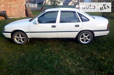 Opel Vectra A 1988 в Вижнице