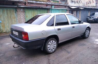 Седан Opel Vectra A 1990 в Харькове